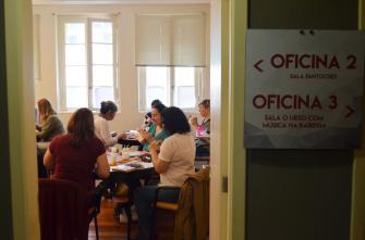 Oficinas de Encadernação com a Fuzina em 2017 em Porto Alegre.