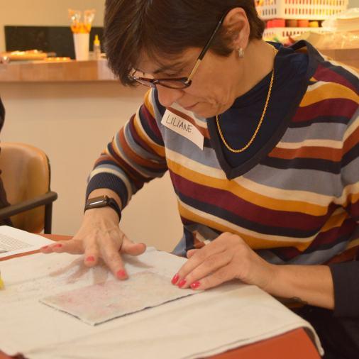 Oficina de Encadernação artesanal + Transferência de imagens em madeira. Fuzina.